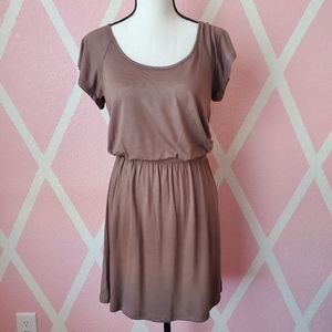 2/$15 🎉 Delirious Soft Brown Everyday Dress